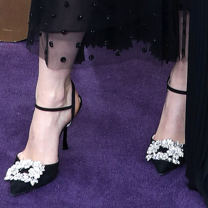 Maisie Williams' pretty feet in Roger Vivier buckled-toe ankle-strap pumps