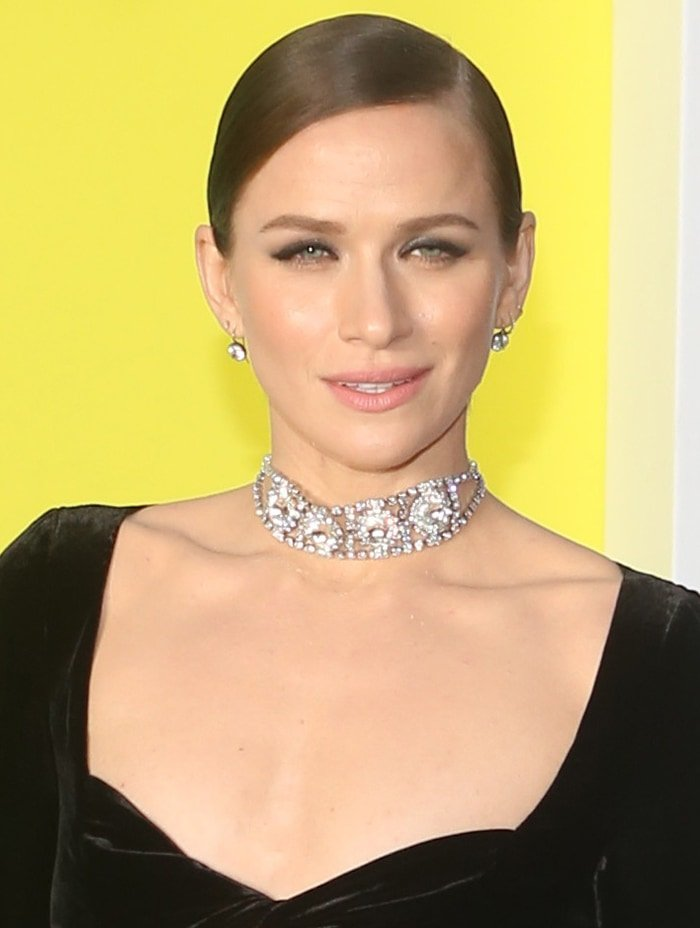 Shantel VanSanten accessorizes with a diamond choker and a pair of diamond earrings