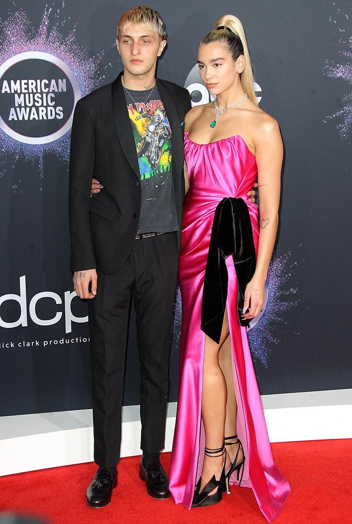 Anwar Hadid and Dua Lipa at the 2019 American Music Awards in Los Angeles on November 24, 2019