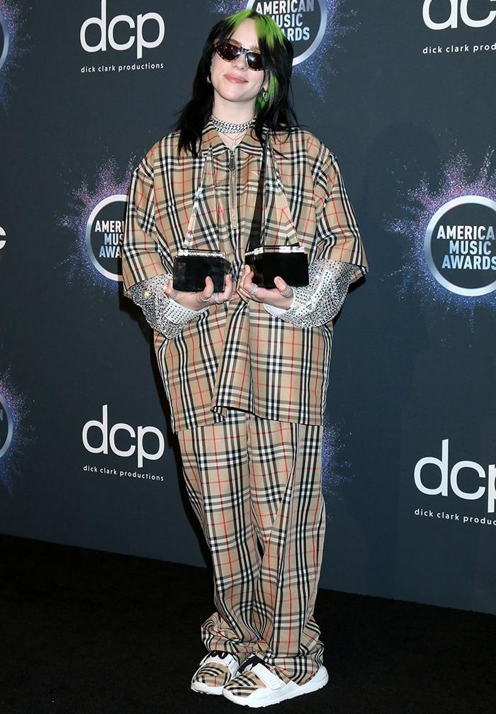 Billie Eilish is AMA's Best New Artist and Favorite Alternative Rock Artist