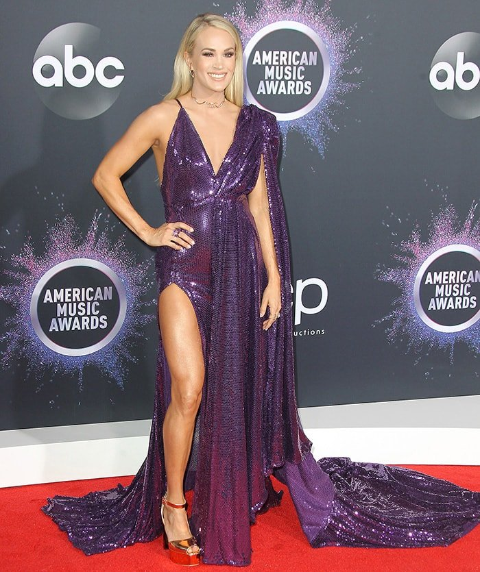 Carrie Underwood in Stello purple sequined dress at the 2019 American Music Awards in Los Angeles on November 24, 2019