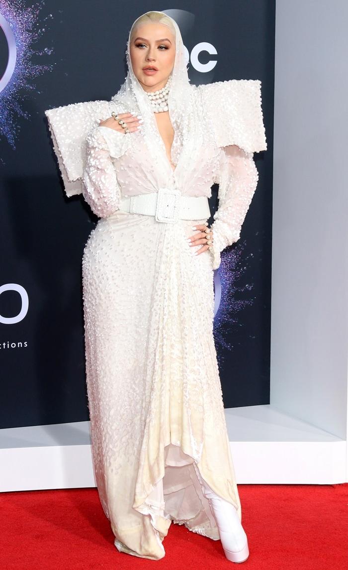 Christina Aguilera rocked white platform boots at the 2019 American Music Awards
