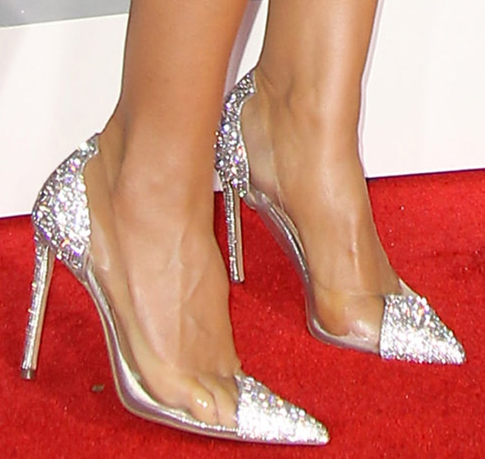 Heidi Klum adds more sparkle to her look with Steve Madden pumps