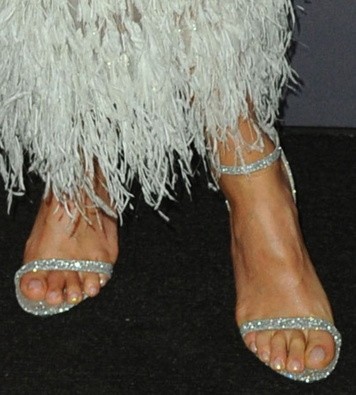 Jessica Alba highlights her sexy feet in Jimmy Choo sandals