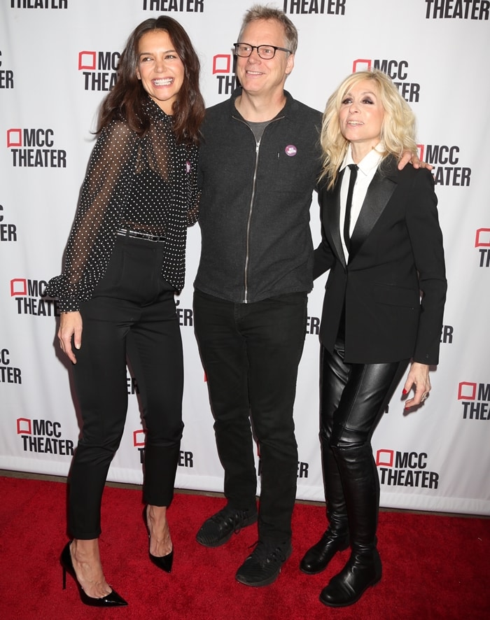 Katie Holmes posing with Peter Hedges and Judith Light