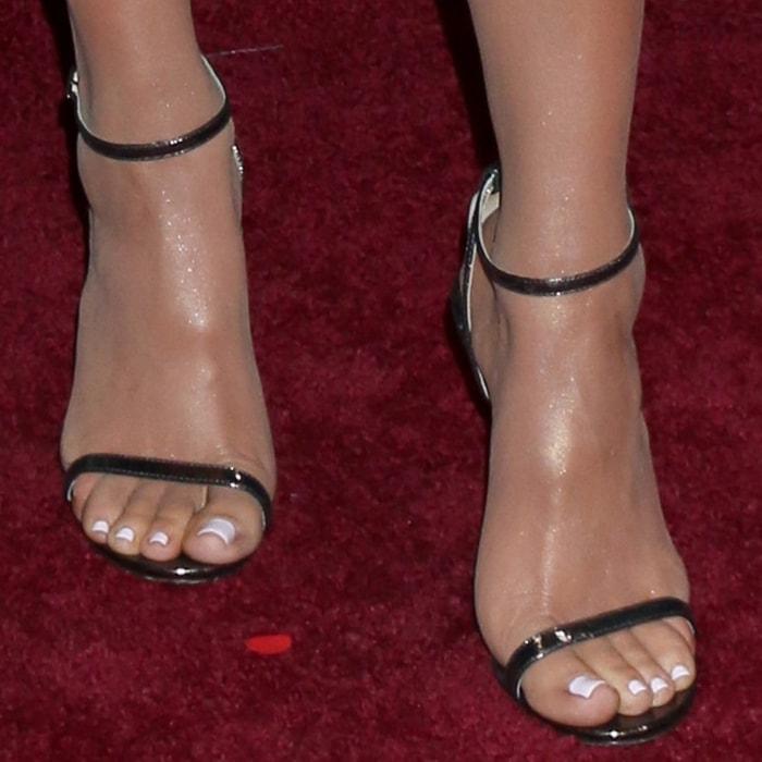 Khloe Kardashian shows off her feet in Jimmy Choo Minny sandals