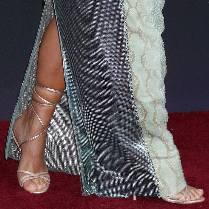 Kim Kardashian showed off her feet in Manolo Blahnik's Leva sandals