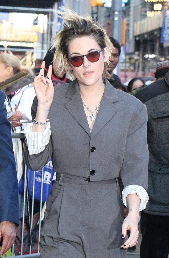 Kristen Stewart wears a messy pixie haircut as she heads inside the GMA Studios