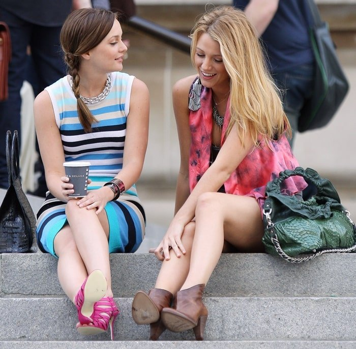 Leighton Meester and Blake Lively are spotted filming a scene for