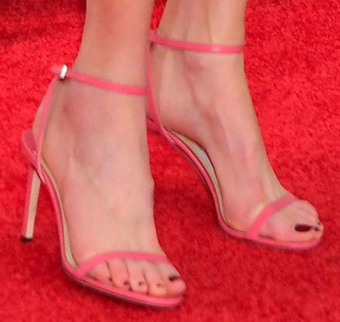 Nicole Kidman slips into a pair of pink Jimmy Choo sandals