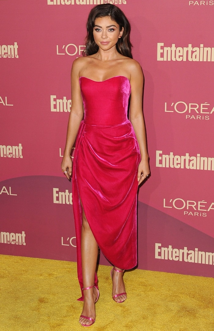 Sarah Hyland wearing an off-the-shoulder Rasario dress with Le Vian and Anabela Chan rings