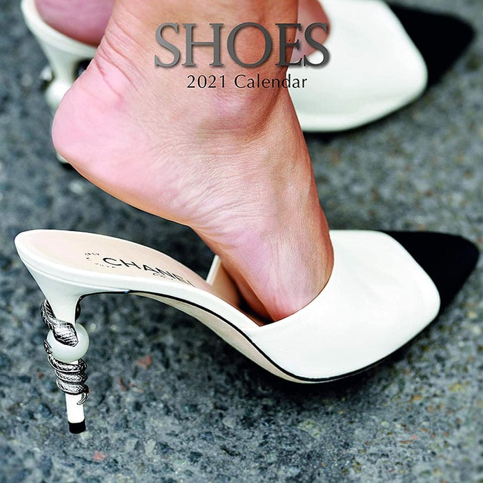 Shoe calendar with easy planning and goal setting from September 2020 to December 2021