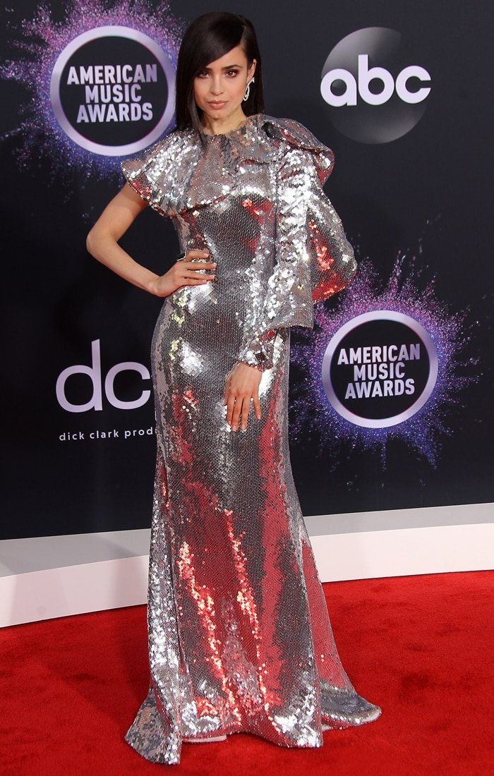 Sofia Carson co-hosted the pre-show at the 2019 American Music Awards