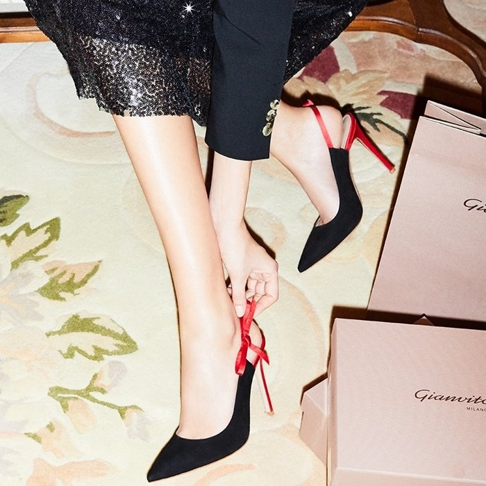 Classic and special at the same time, the Caterina pointy-toed pump features contrasting satin slingback and stiletto heel