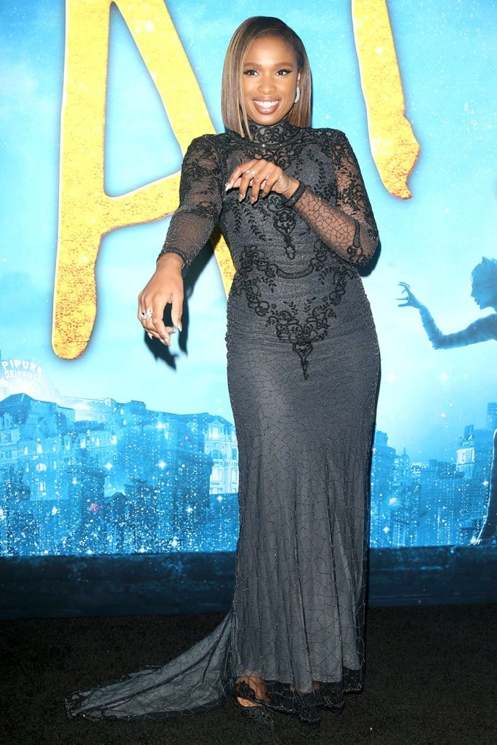 Jennifer Hudson in a Reem Acra gown and Christian Louboutin Top Vague pumps