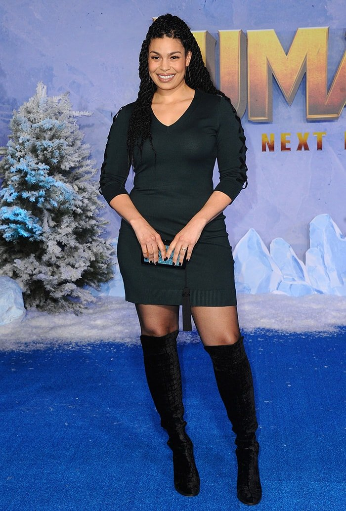 Jordin Sparks shows off her curves in a Calvin Klein mini dress