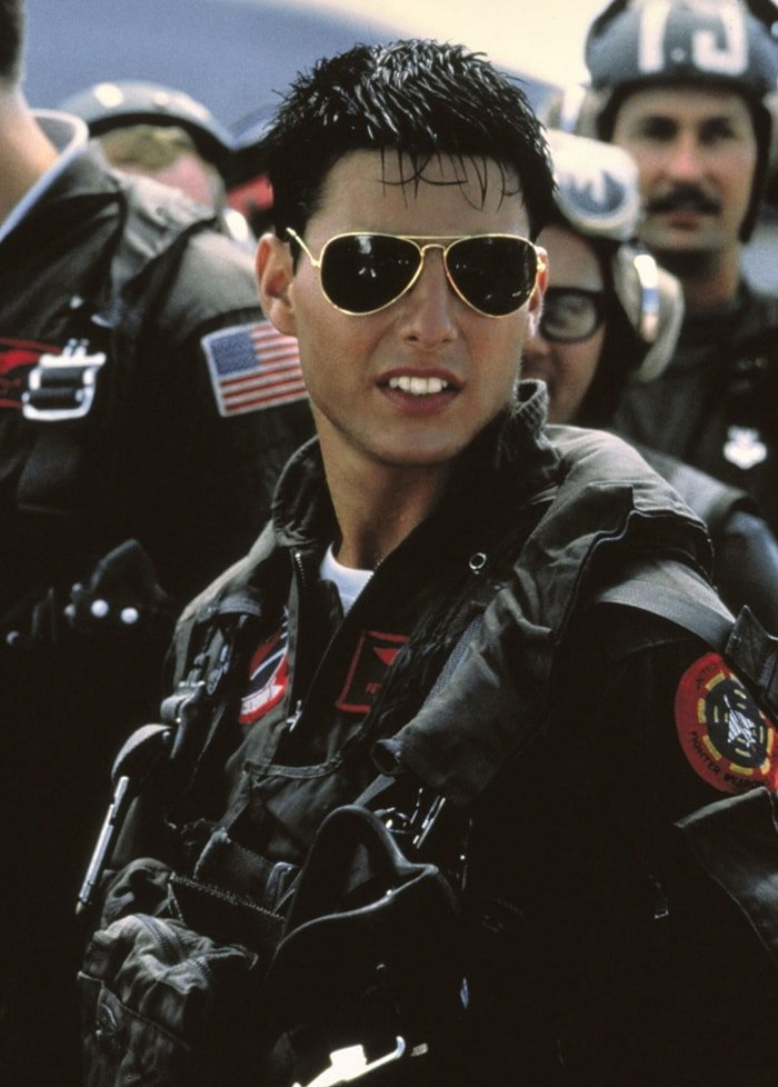 """Tom Cruise wears a pair of Ray-Ban Aviator Classic sunglasses while starring in the film """"Top Gun"""""""