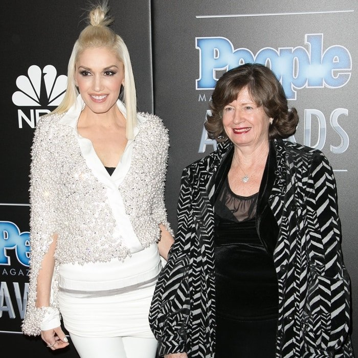 Gwen Stefani with her mother, Patti, a former accountant who is of English, Irish, Scottish, German, and Norwegian ancestry