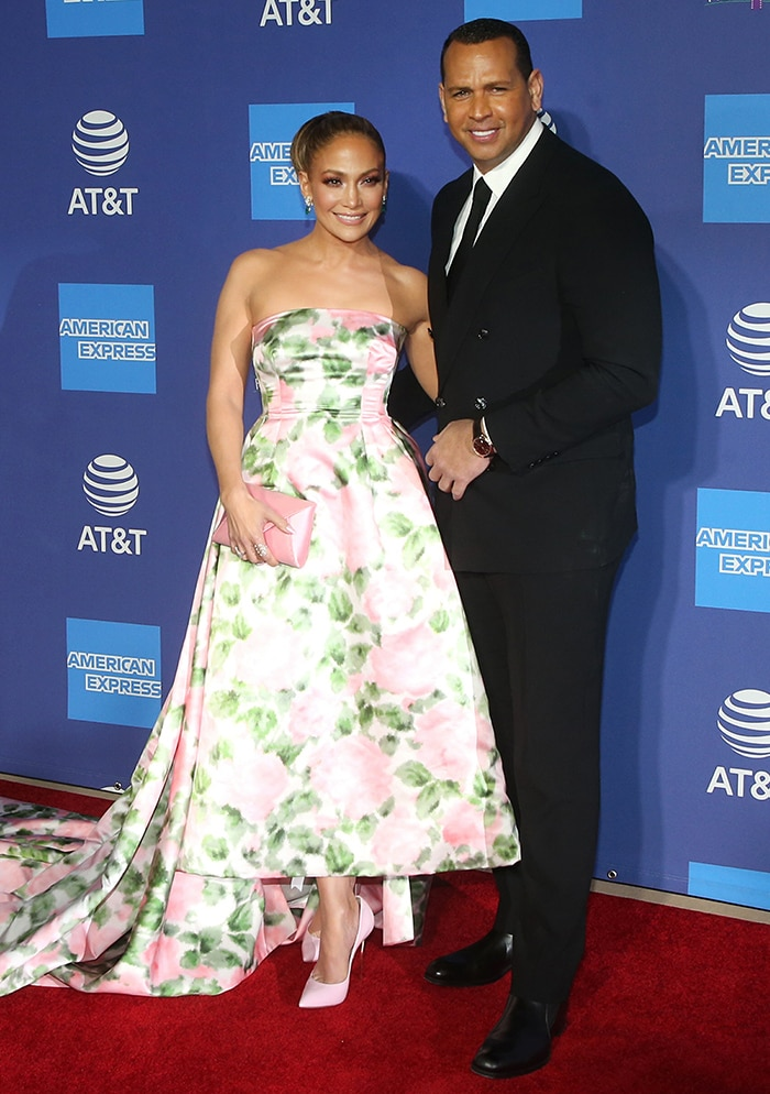Alex Rodriguez accompanies Jennifer Lopez on the red carpet