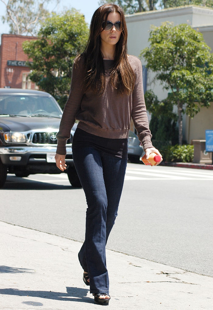Kate Beckinsale out and about in Los Angeles on June 29, 2008