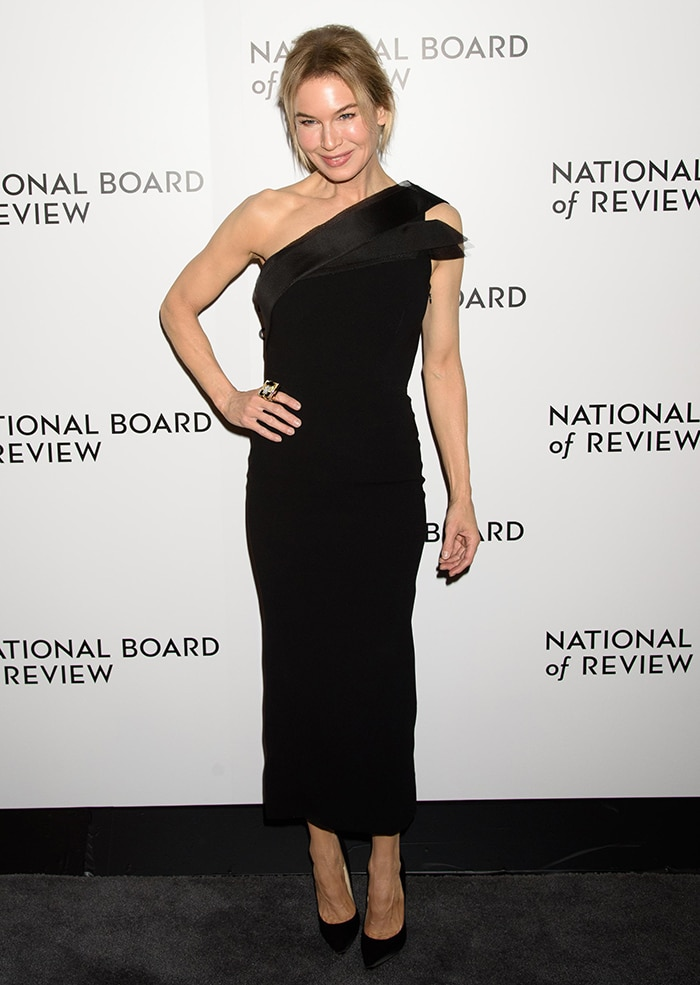 Renee Zellweger in Atelier Caito For Herve Pierre black dress at the National Board of Review Awards Gala on January 8, 2020
