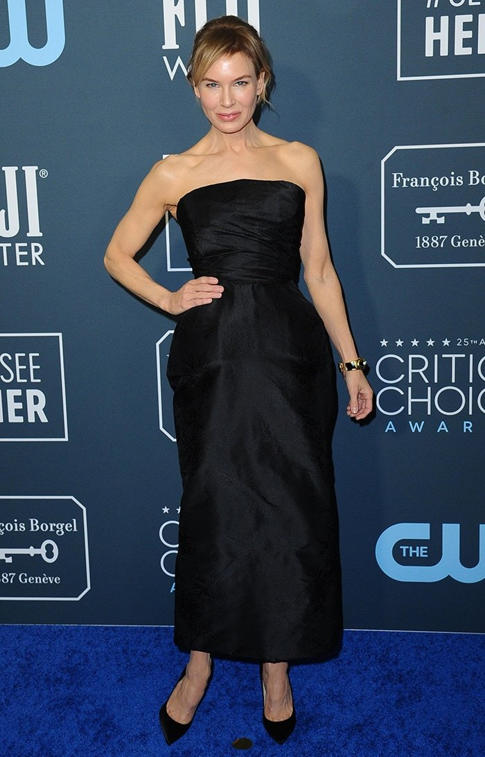 Renee Zellweger takes home Best Actress gong at the 25th Annual Critics' Choice Awards held at Santa Monica's Barker Hangar on January 12, 2020