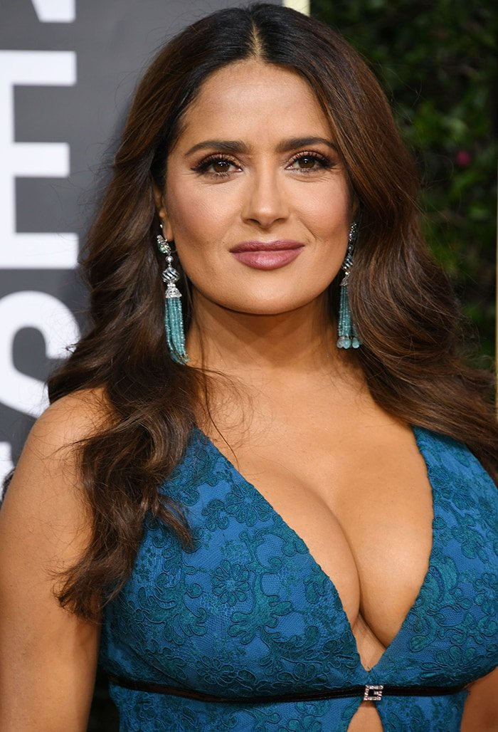 Salma Hayek wears her hair in soft waves with new Charlotte Tilbury Pillow Talk makeup