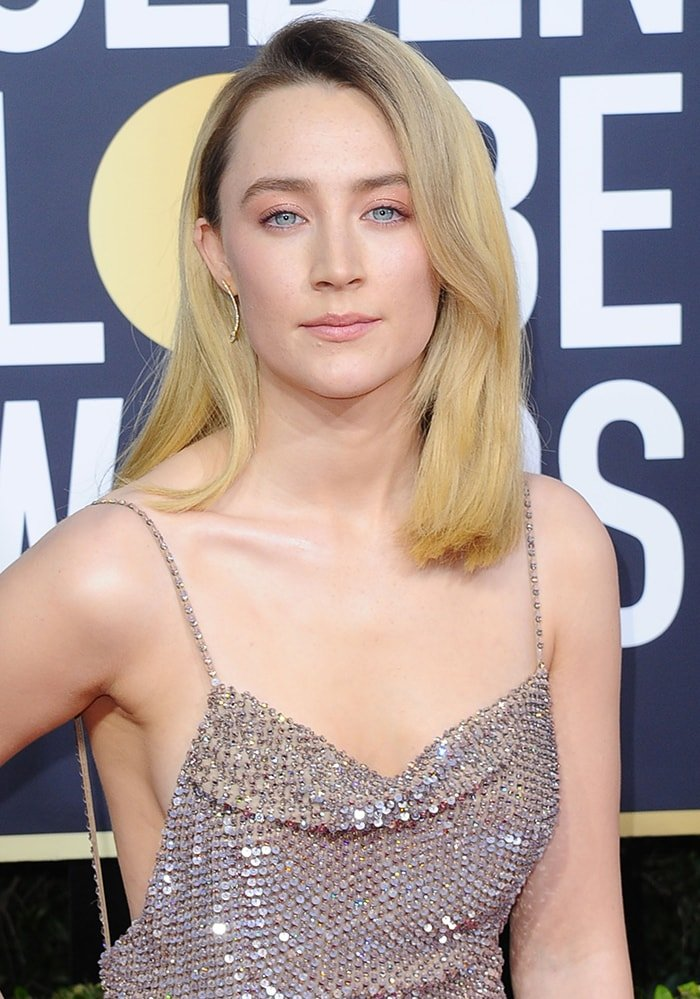 Saoirse Ronan wears '70s-inspired hairstyle with minimal makeup