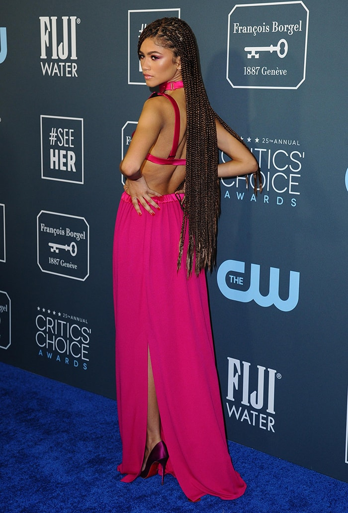 Zendaya shows off her sexy back in her pink Tom Ford ensemble