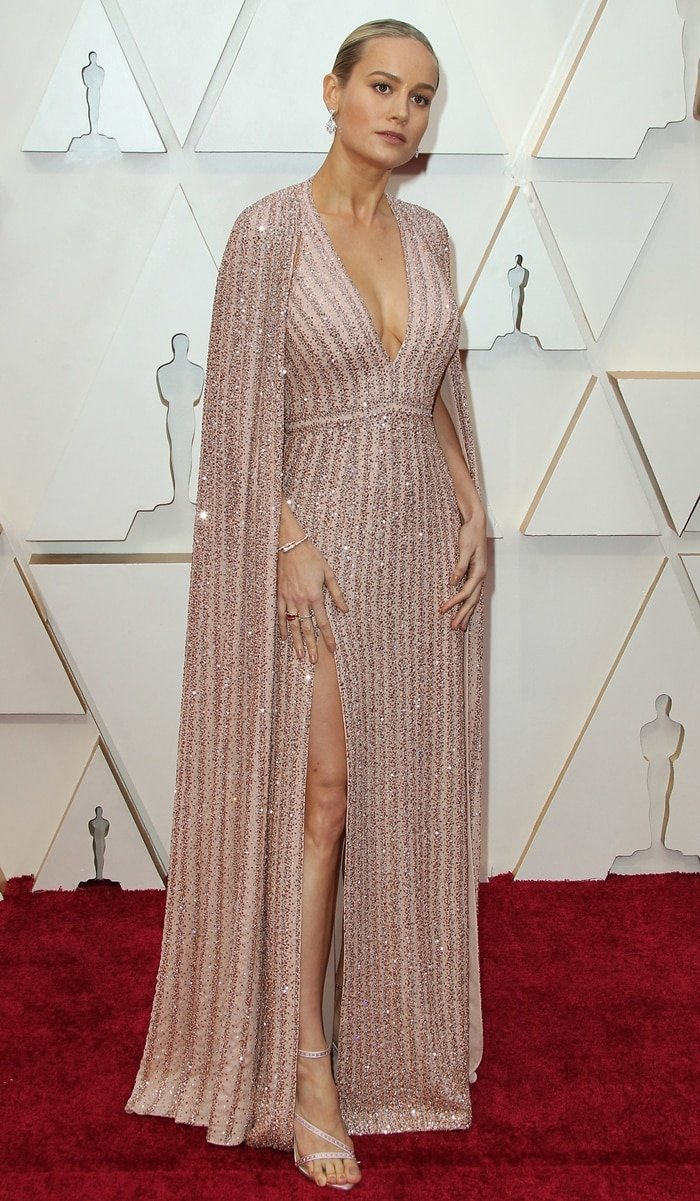 Brie Larson arrives with her demonic feet at the 2020 Academy Awards