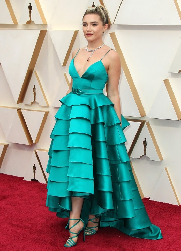 Florence Pugh looked gorgeous on the red carpet at the 2020 Academy Awards