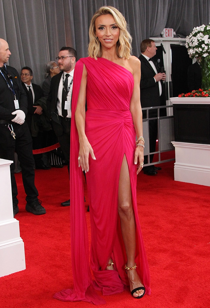 Giuliana Rancic shows up in a goddess-inspired Rhea Costa pink gown