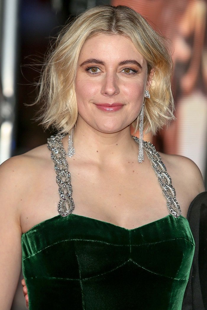 Greta Gerwig looks hot with tousled bob and pink nude lipstick