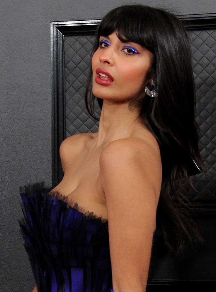 Jameela Jamil complements her gown with shimmery purple eyeshadow