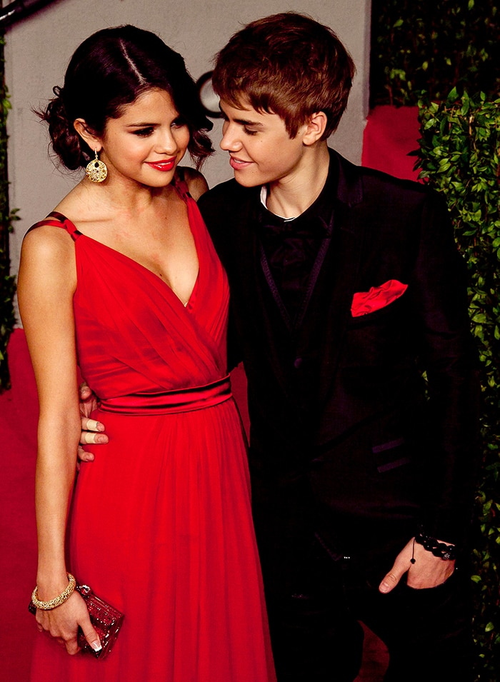 Selena Gomez and Justin Bieber at the 2011 Vanity Fair Oscar Party on February 27, 2011