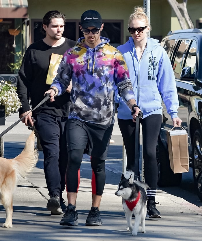 Sophie Turner and Joe Jonas take their dogs to breakfast