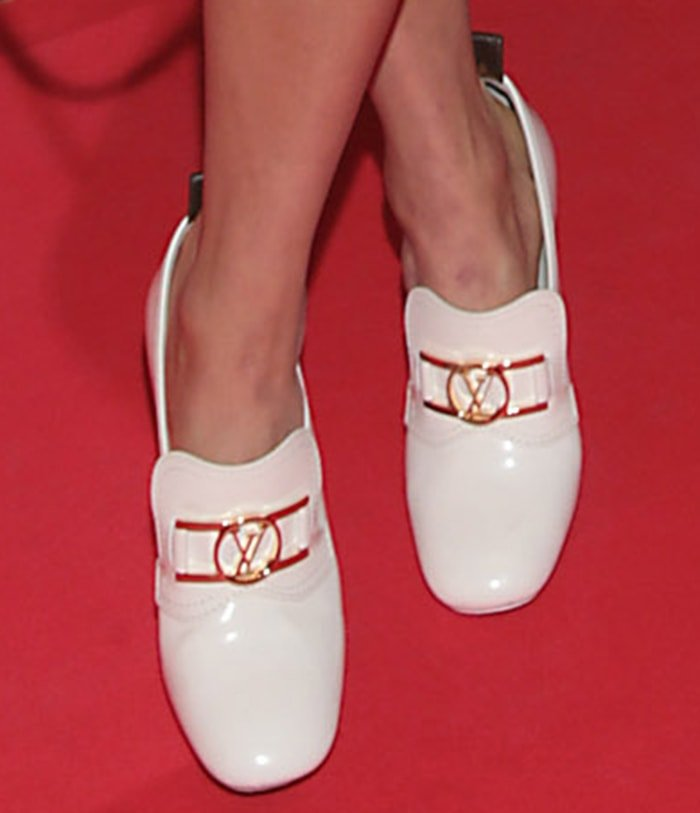 Alicia Vikander teams her '60s dress with Louis Vuitton loafers