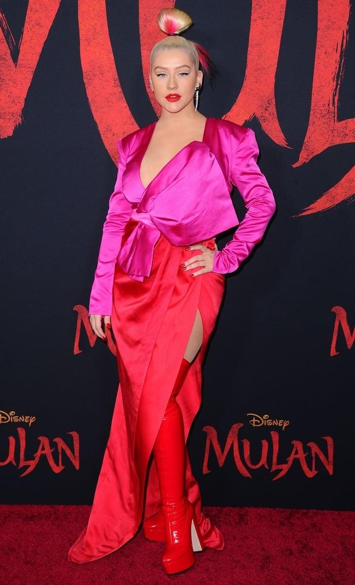 """Christina Aguilera looked cheap and tacky at the Premiere Of Disney's """"Mulan"""""""