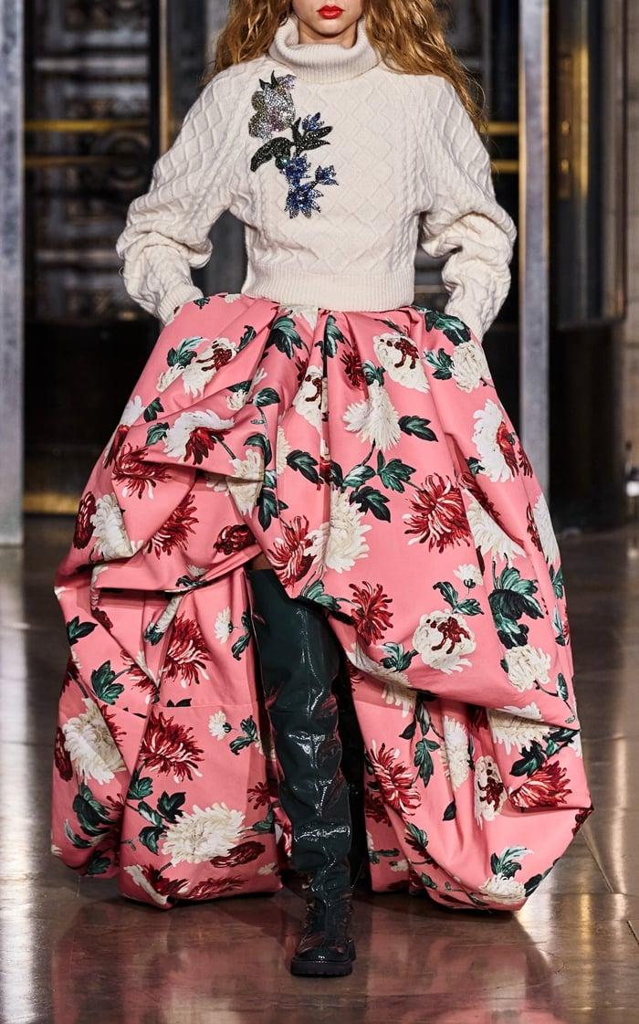 Oscar de la Renta Sleeveless Floral Asymmetric Hem Gown
