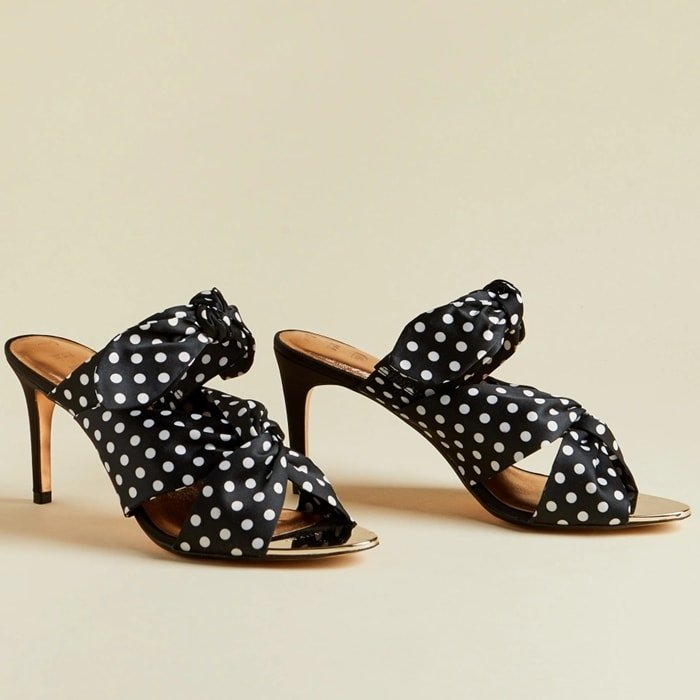 These Seranad stiletto sandals are crafted with a fabric upper, and feature a vintage-inspired polka dot print and knotting details for an enhanced look