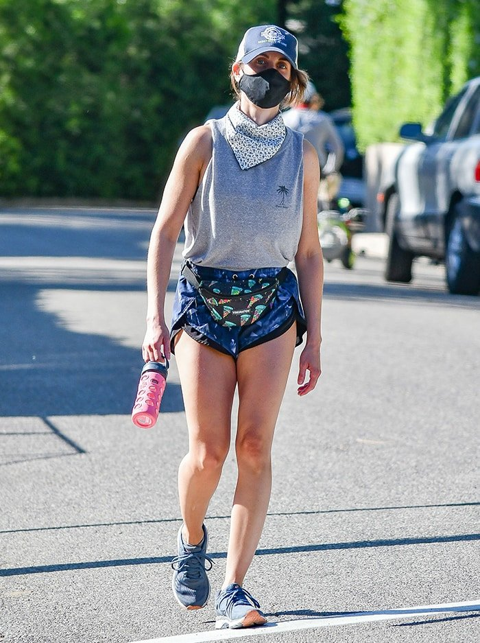 Alison Brie walks around her neighborhood amid COVID-19 pandemic in Los Angeles on May 11, 2020