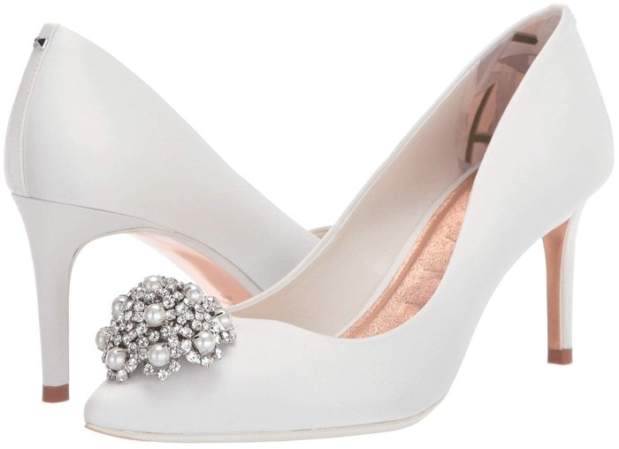 Bring elegant appeal to your weekend wardrobe with the classy Ted Baker Darlils heels