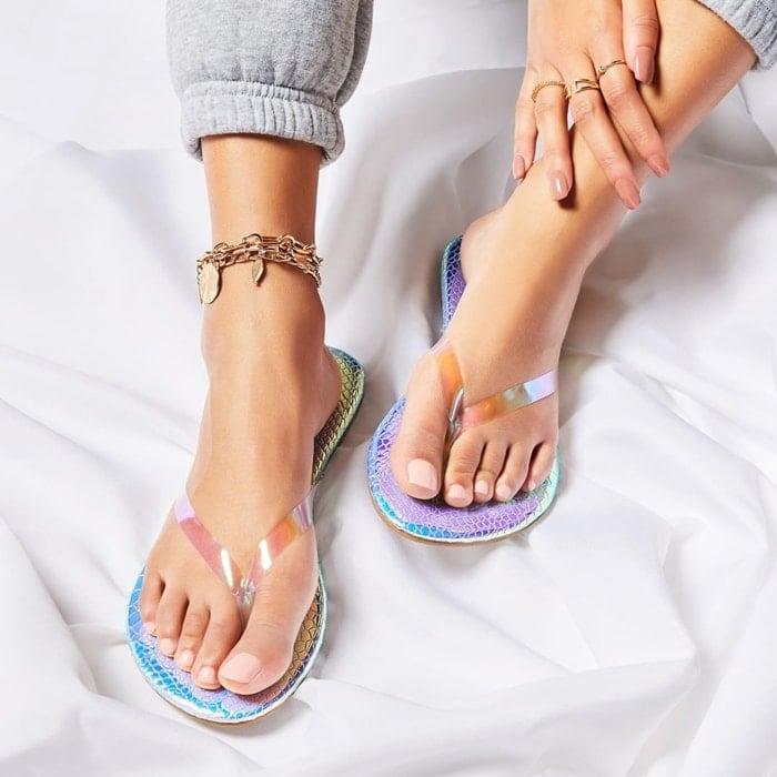 Basic slip-on flat thong sandal