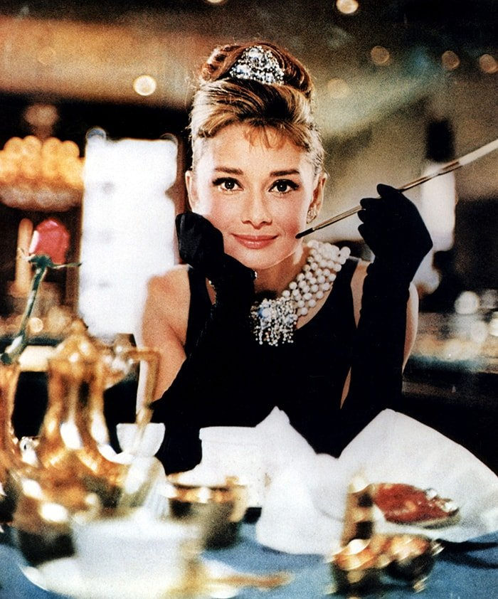 A still photo from Audrey Hepburn's Breakfast at Tiffany's movie