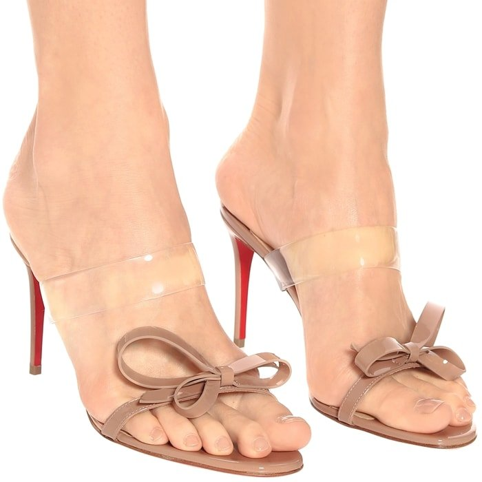 High-Shine Beige Patent Leather Just Nodo Sandals