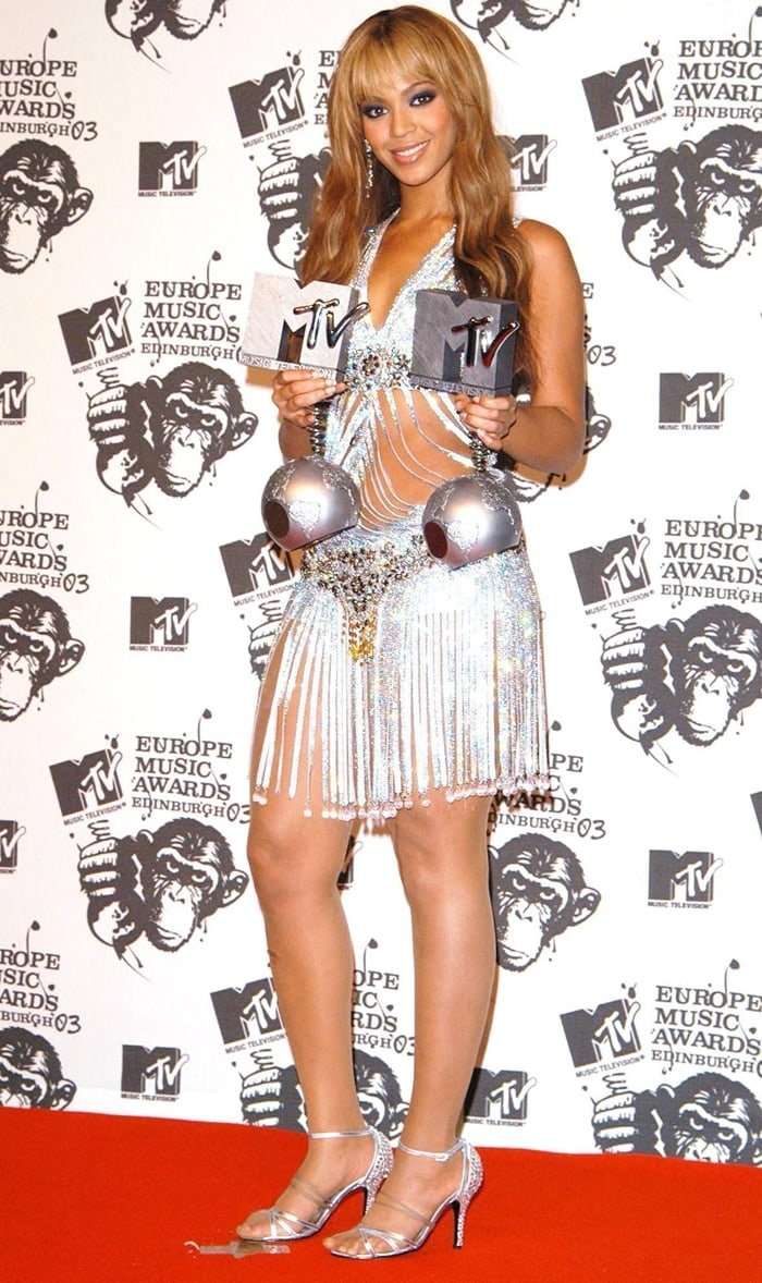Beyonce received several awards during MTV Europe Music Awards 2003