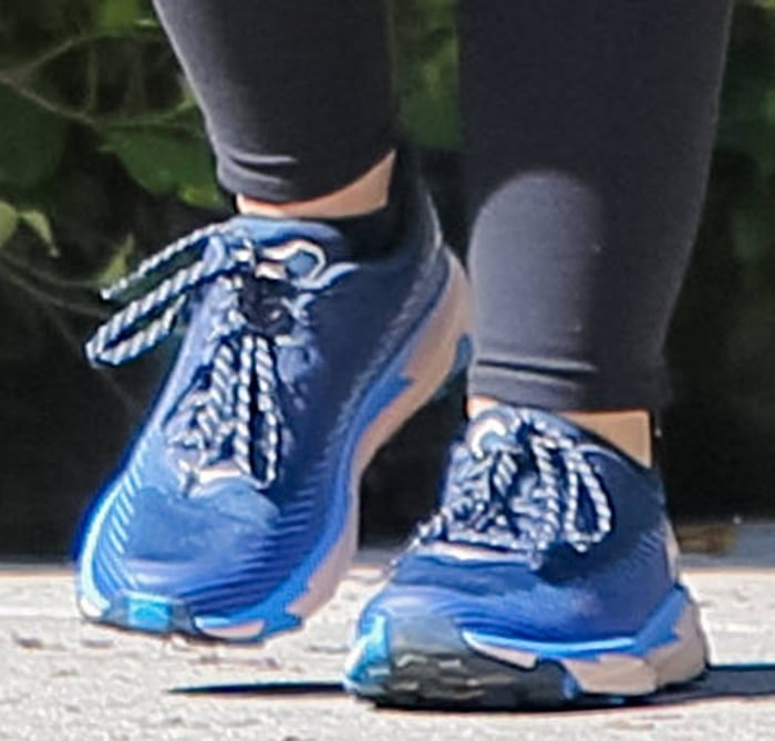 Katherine Schwarzenegger finishes her athleisure outfit with Hoka One One shoes