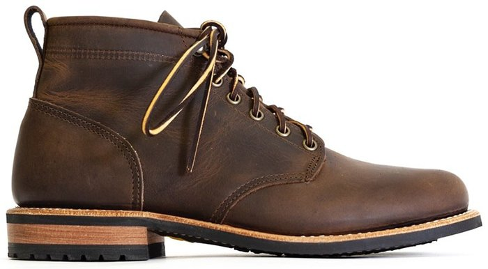 Mark Albert Boots Outrider Boot in Waxy Distressed Leather