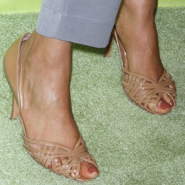 Tyra Banks' feet are shoe size 12 (US)