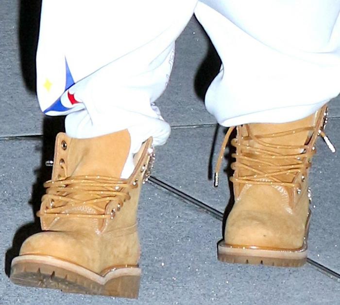 Jennifer Lopez rocks rhinestone-embellished Timberland boots